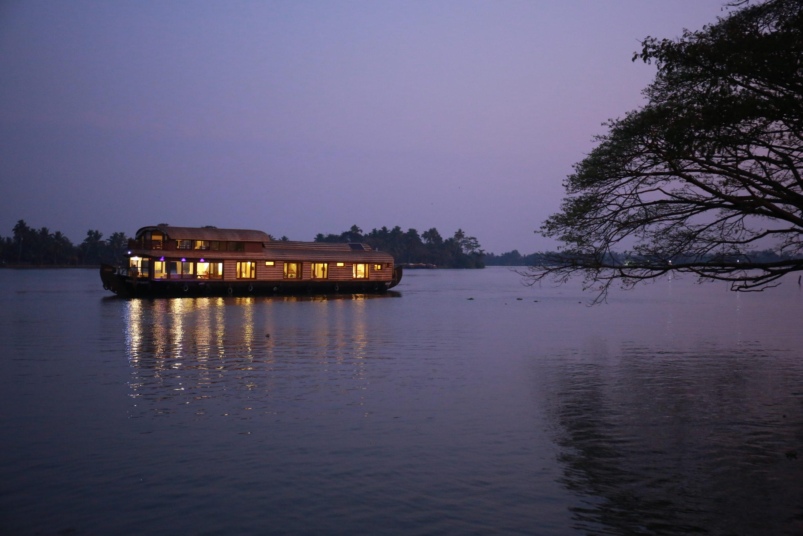 Lake Riviera Best Luxury Houseboat in Kerala