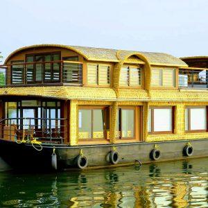 luxury-1bedroom-houseboat-alleppeyhouseboatclub.com1