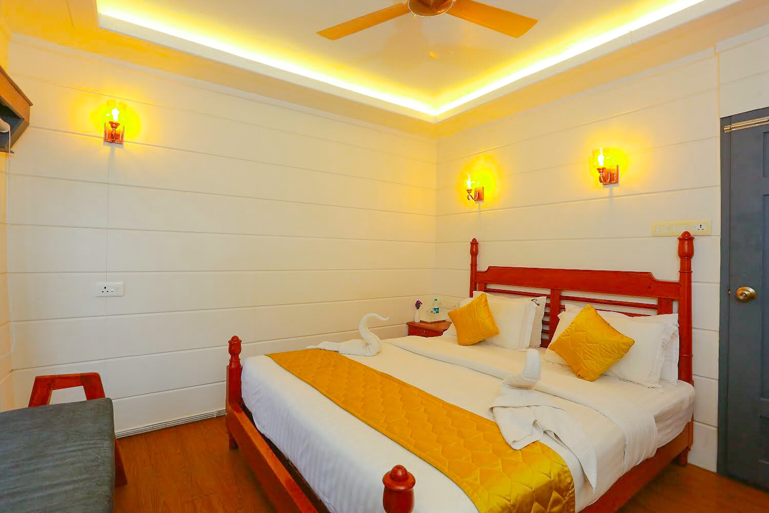 Alleppey Boat House|Boat House in South Kerala