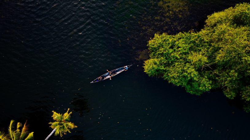Luxury Kerala Houseboat Packages